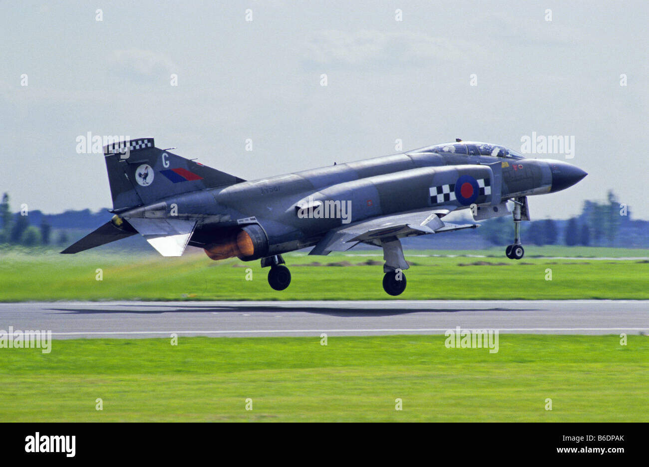 RAF McDonnell Douglas Phantom FG1 is to Take off at Mildenhall Airfield England - Stock Image