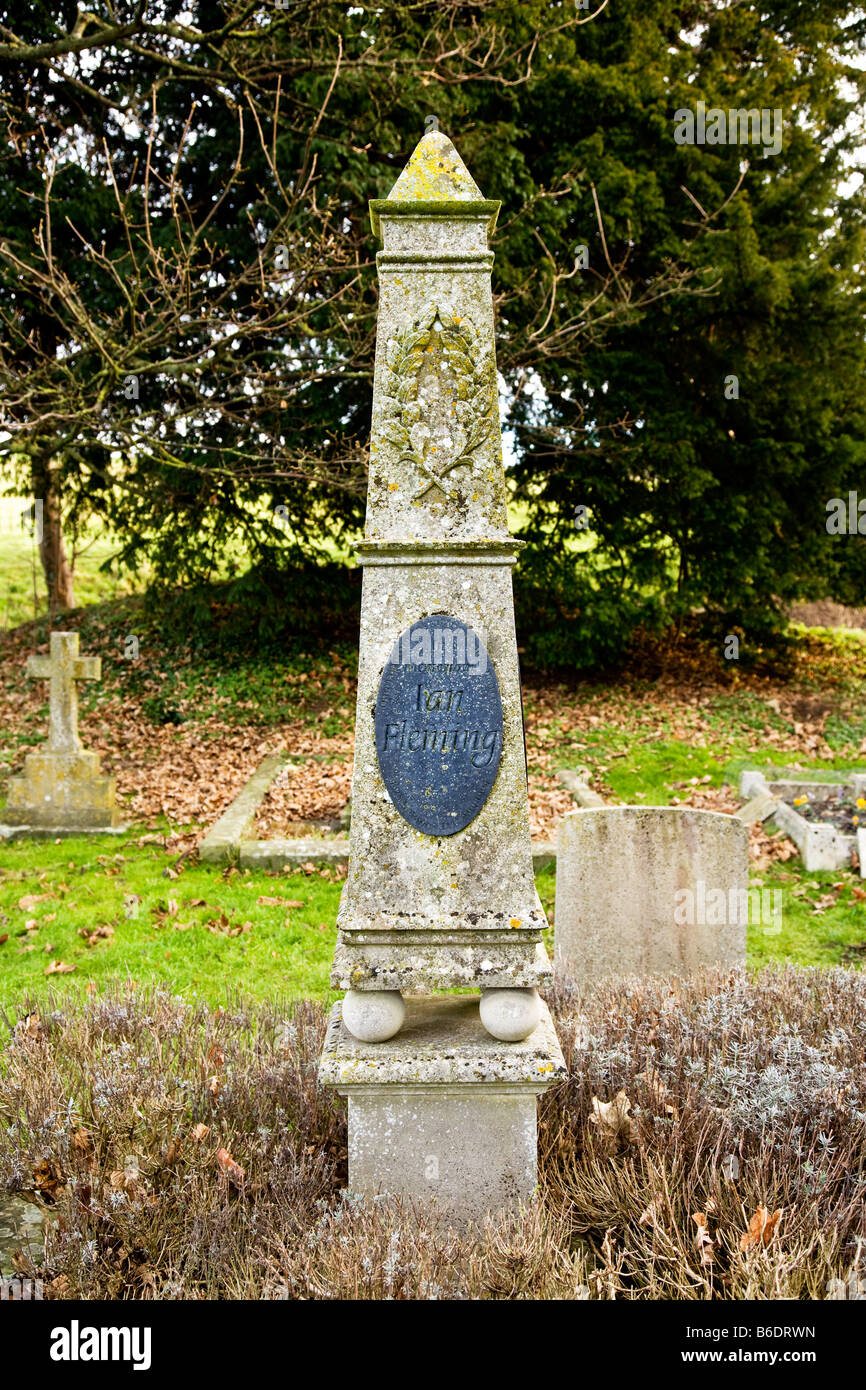 Memorial obelisk on the grave of Ian Fleming author and creator of James Bond 007 in Sevenhampton Village Church, - Stock Image