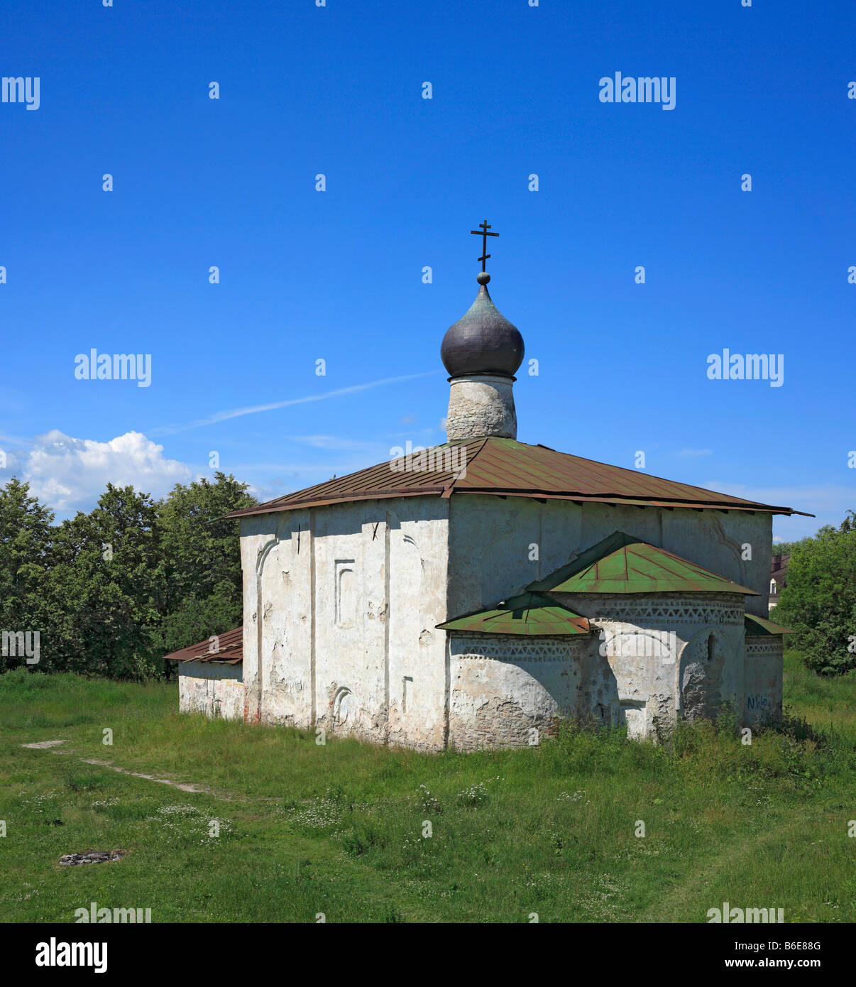 Religious architecture, dome of the church of St. Cosmas and Damian (1383), Pskov, Russia - Stock Image