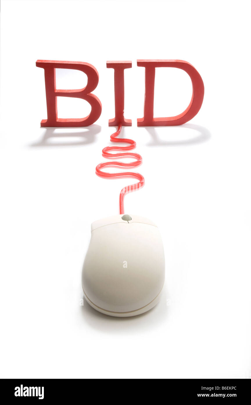 Mouse connecting to the word bid - Stock Image