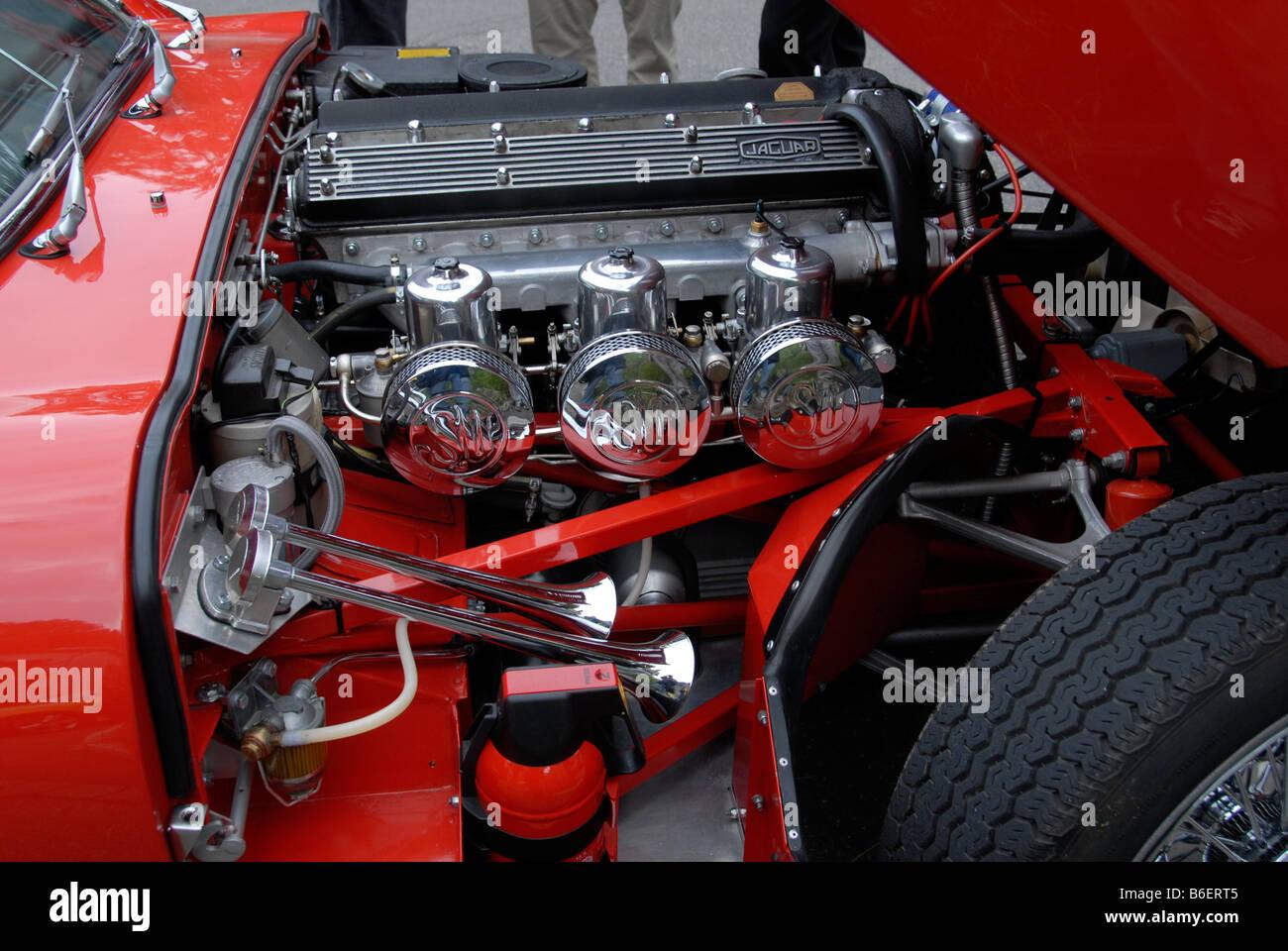 Tremendous Engine Jaguar E Type Stock Photos Engine Jaguar E Type Stock Wiring Cloud Hisonuggs Outletorg