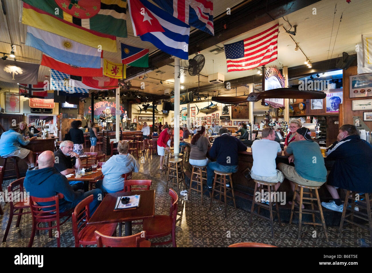 Live music in Sloppy Joe's Saloon, Duval Street in the old town, Key West, Florida Keys, USA - Stock Image