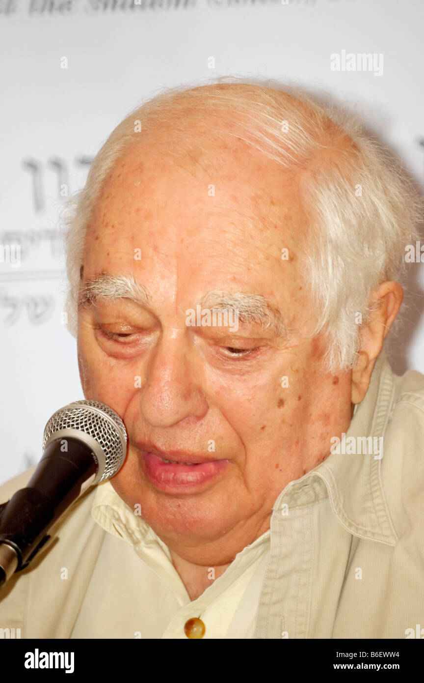 Famous Middle East Scholar Bernard Lewis lectures at the Adelson Institute's Dec. 2008 Counterinsurgency conference. Stock Photo