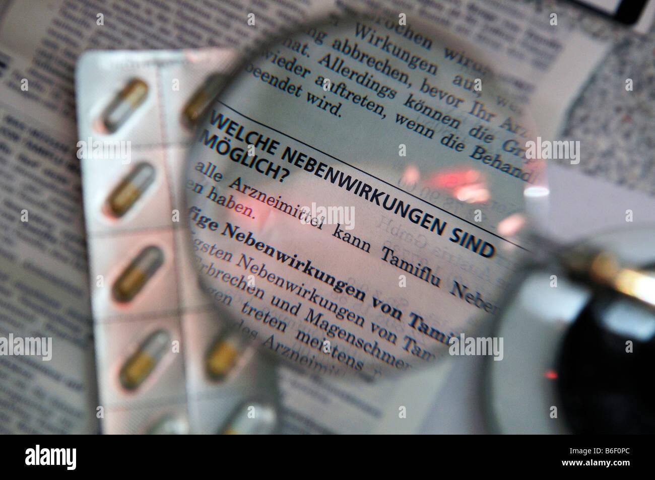 Symbolic photo, side effects of medication, Tamiflu Stock Photo