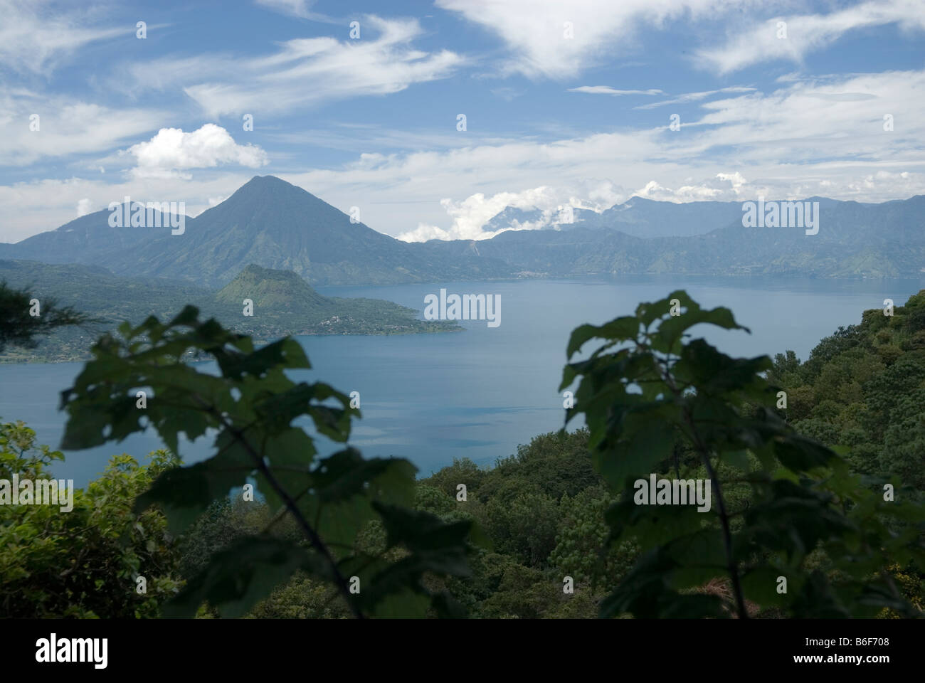 View from east to west on Lago de Atitlan with Volcan San Pedro (3020m) in the distance - Stock Image