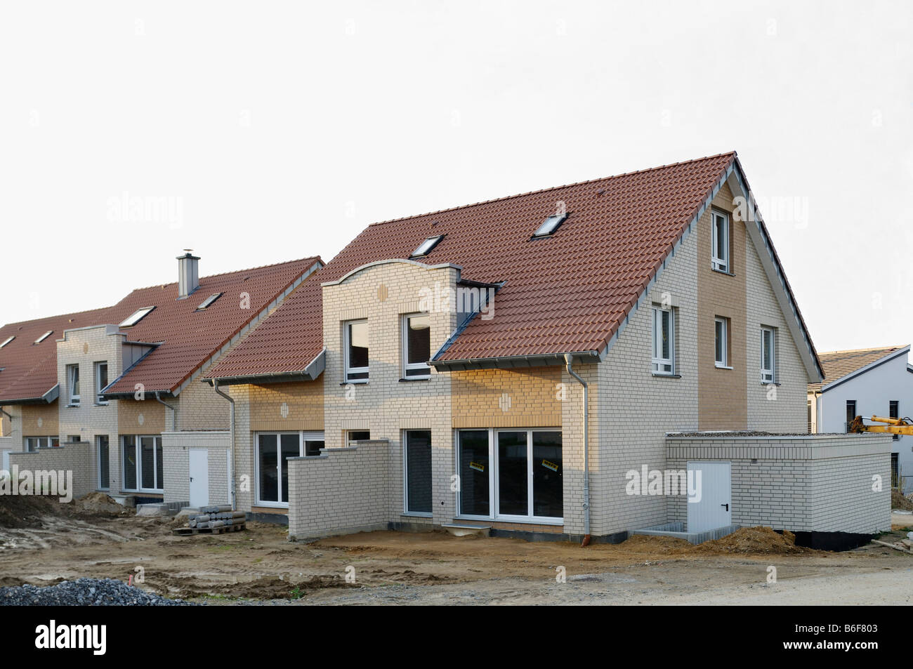 Residential building, new estate, semi-detached house shortly before completing - Stock Image