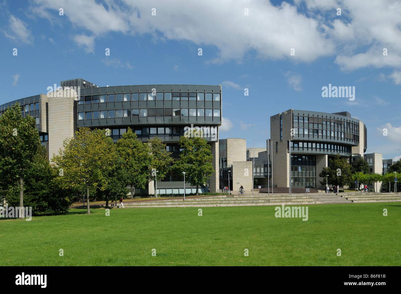 North Rhine-Westphalian Parliament, view onto the entrance area, Duesseldorf, North Rhine-Westphalia, Germany, Europe - Stock Image
