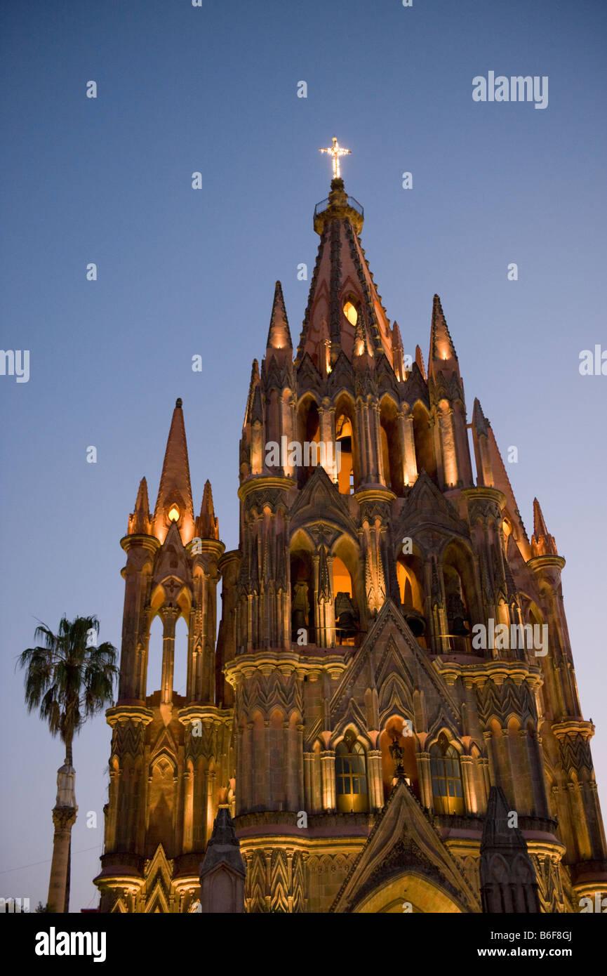 Parroquia Church at dusk, Colonial city, San Miguel de Allende, MEXICO - Stock Image