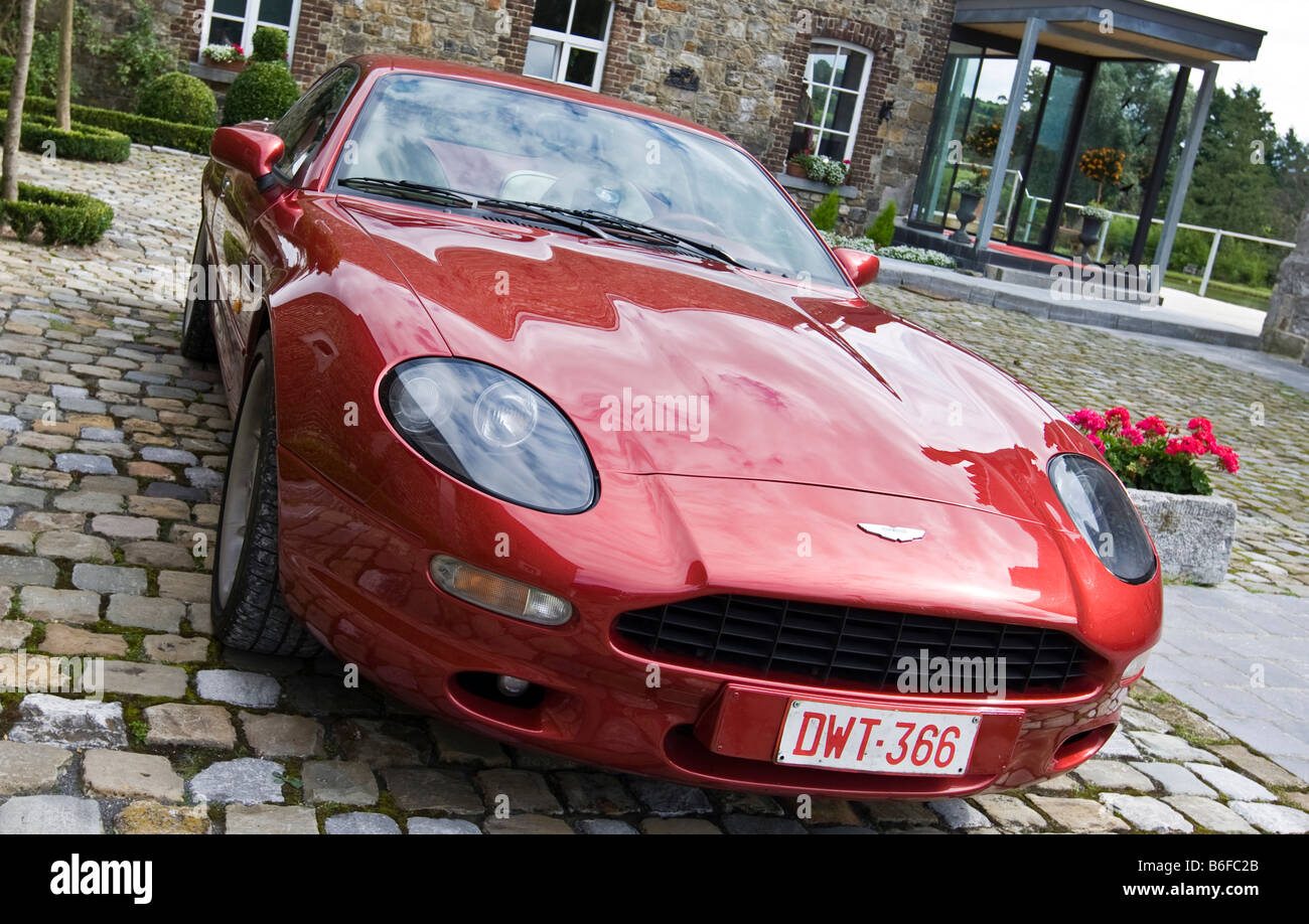 Aston Martin Db7 Volante Stock Photo Alamy