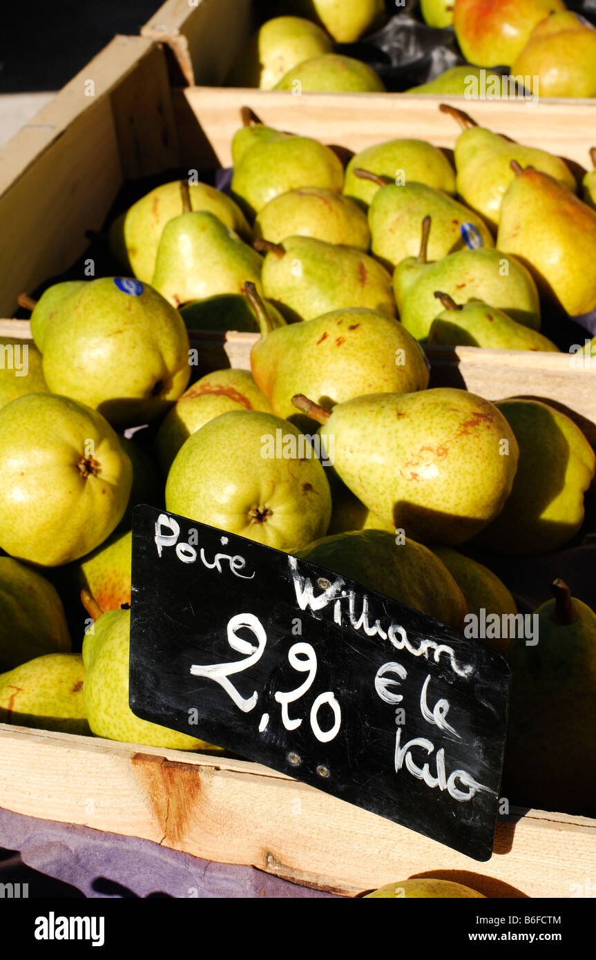 Pears for sale at the Nimes Market, Provence, France, Europe Stock Photo