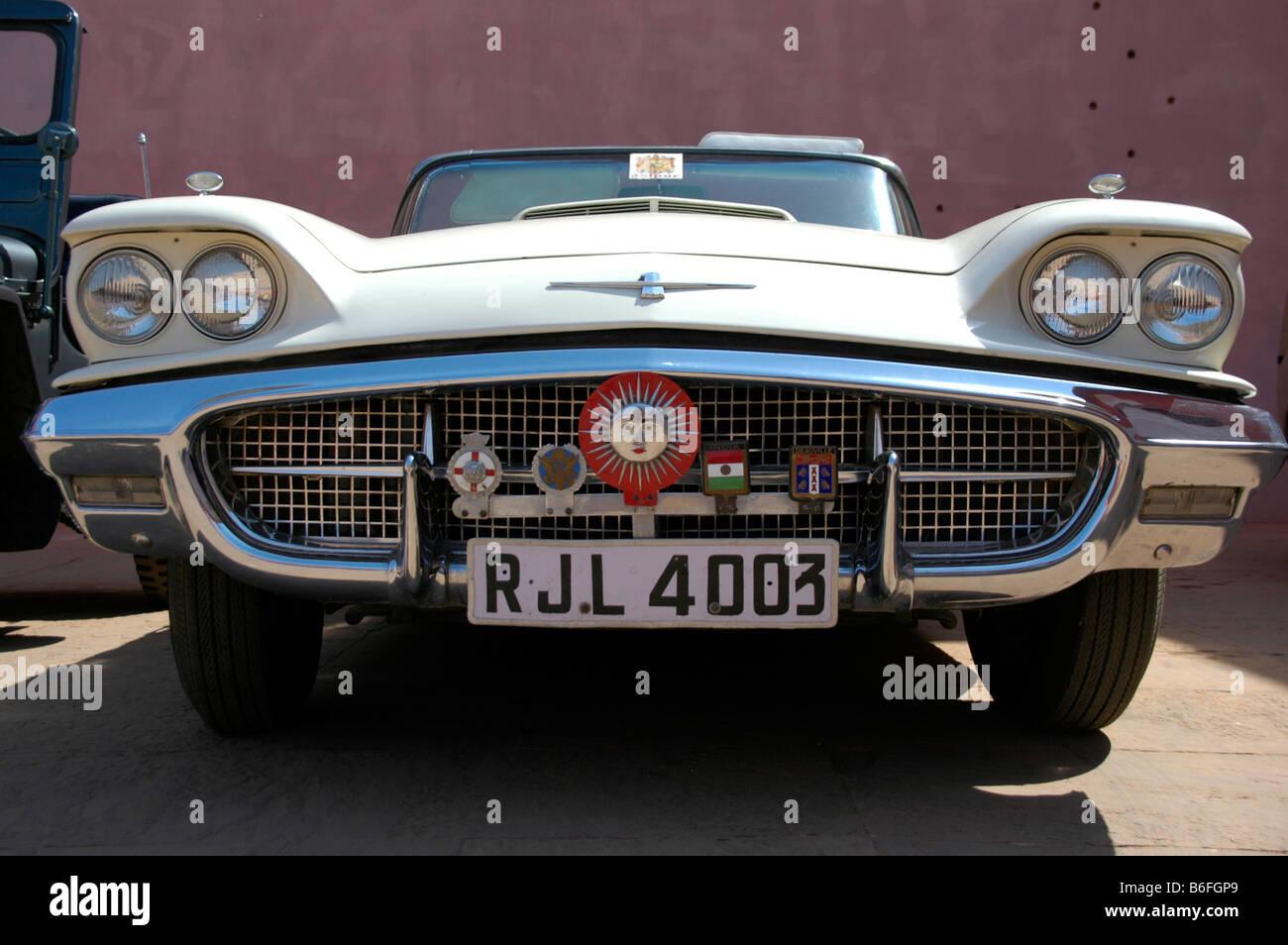 American vintage car with Indian number plates in Jaipur, Rajasthan ...