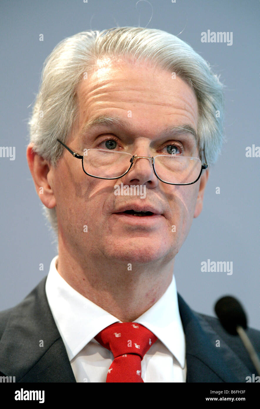 Peter-Alexander Wacker, Chairman and designated supervisory board chairman of Wacker Chemie AG, during the press - Stock Image