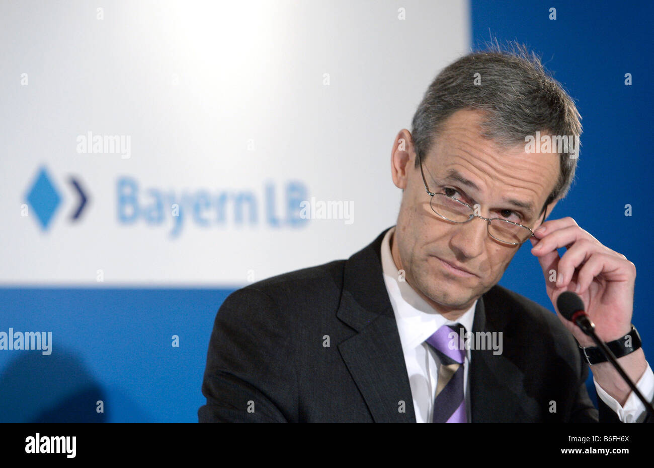 Michael Kemmer, chairman of Bayern LB, during the press conference on annual results on 03/04/2008 in Munich, Bavaria, - Stock Image