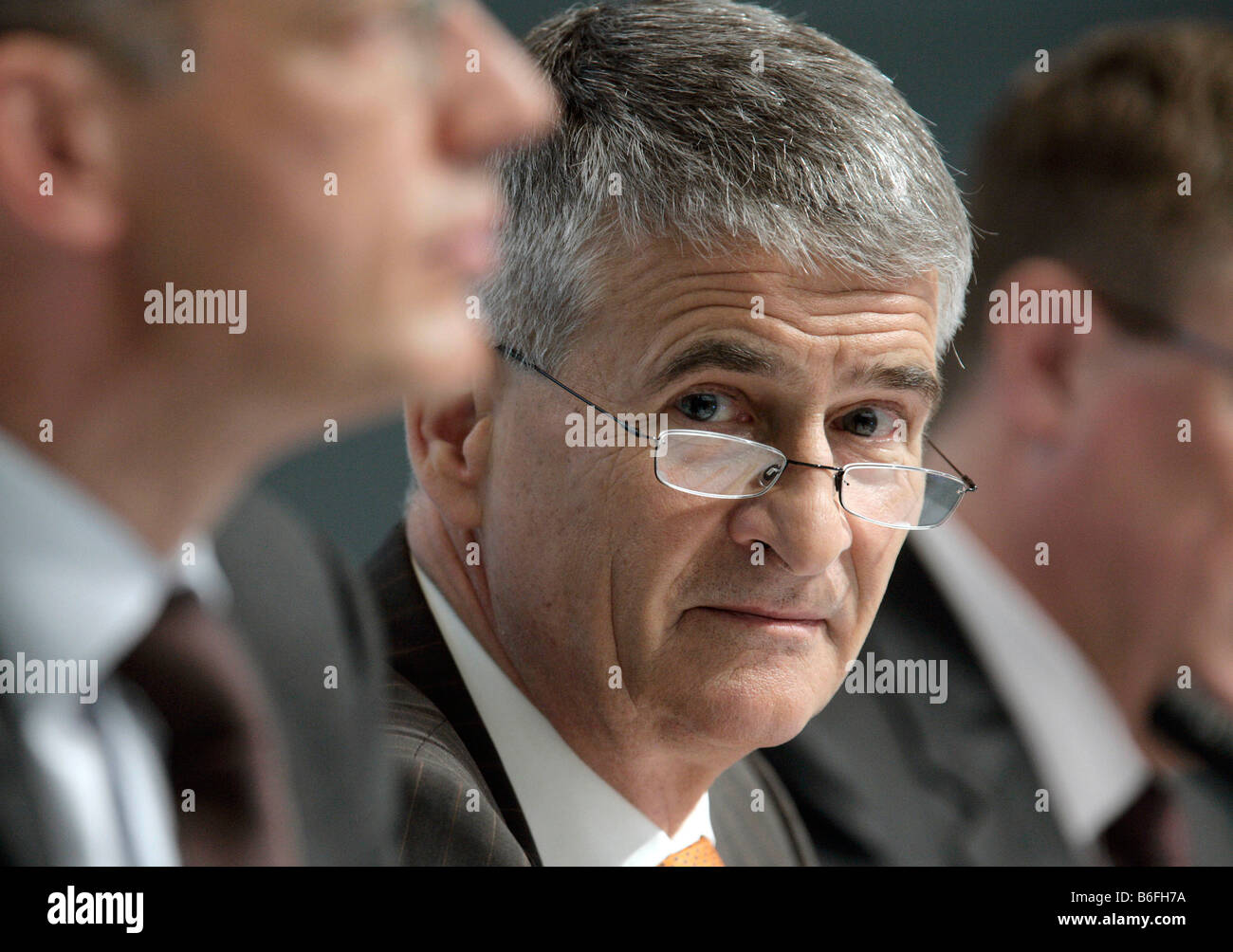 Juergen Hambrecht, Chairman of BASF SE, during the press conference on annual results on 21/02/2008 in Ludwigshafen, Stock Photo