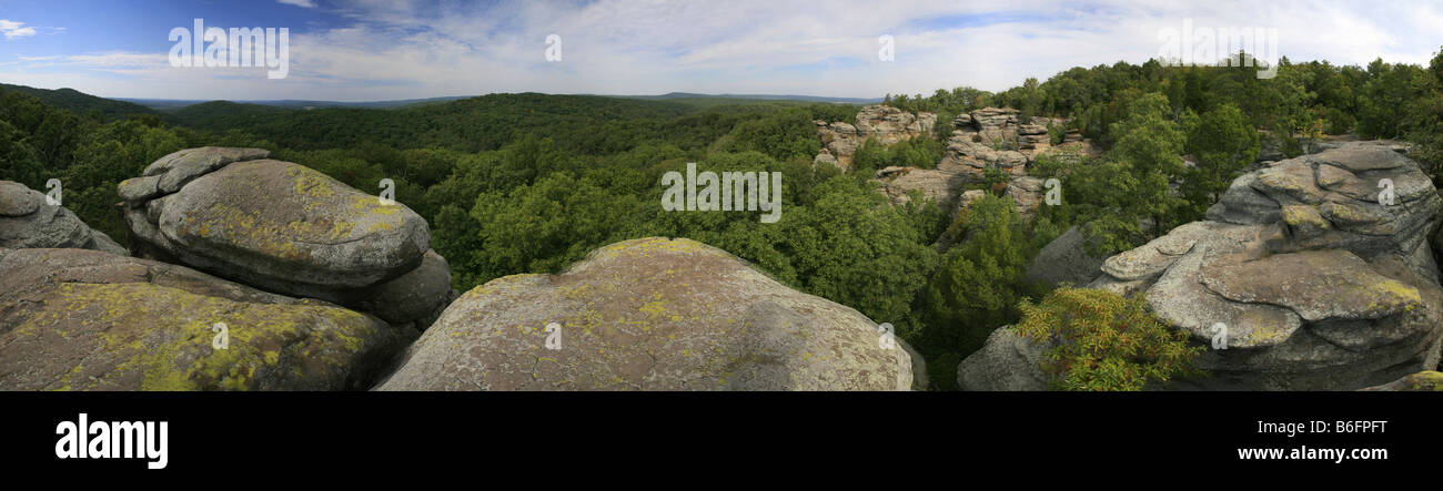 Panoramic view of the sandstone rocks in the Garden of the Gods, Shawnee National Forest, Illinois, USA - Stock Image