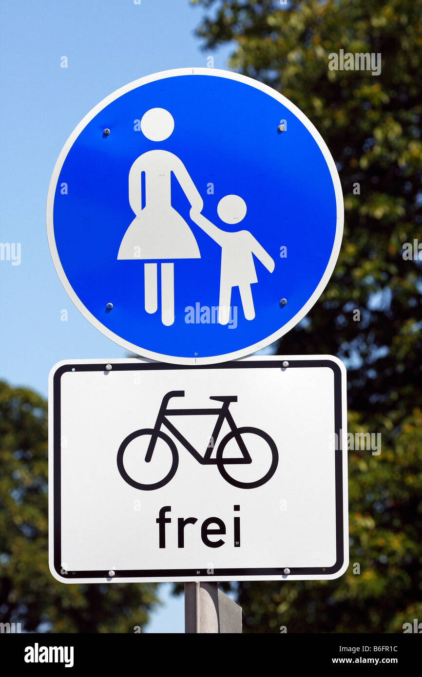 Traffic sign, combined footpath and cycle way, Germany, Europe - Stock Image