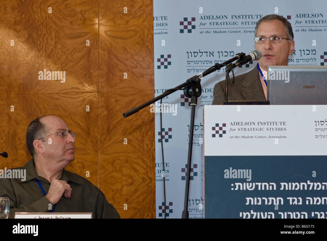 Former Israeli Chief-of-Staff Lt.Gen. Moshe Yaalon listens to Colonel (ret.) Peter Mansoor's presentation during Stock Photo