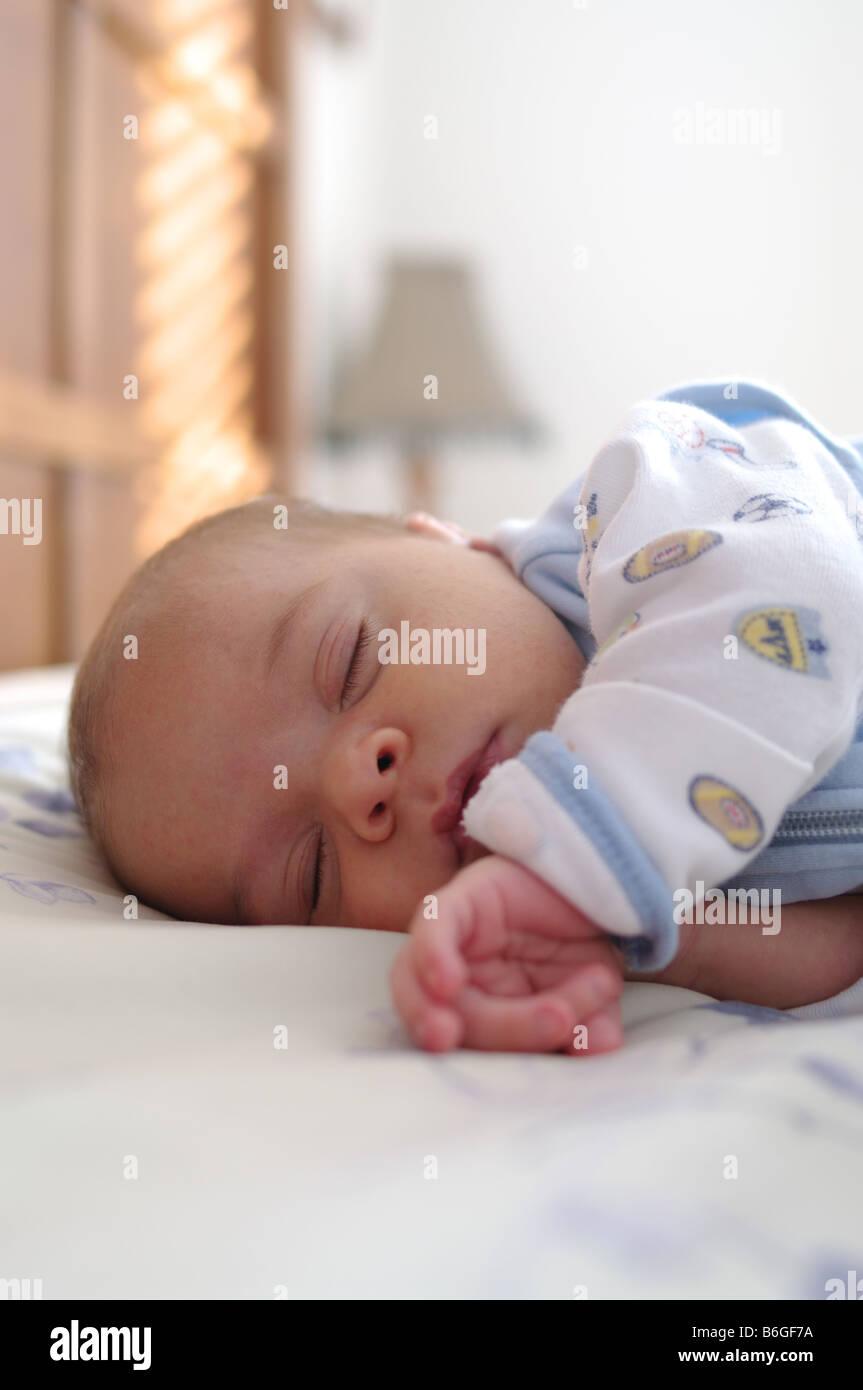 Baby Sleep Parents Bedroom: 0-3 Months Old Baby Boy Sleeping In Parents Bed Stock