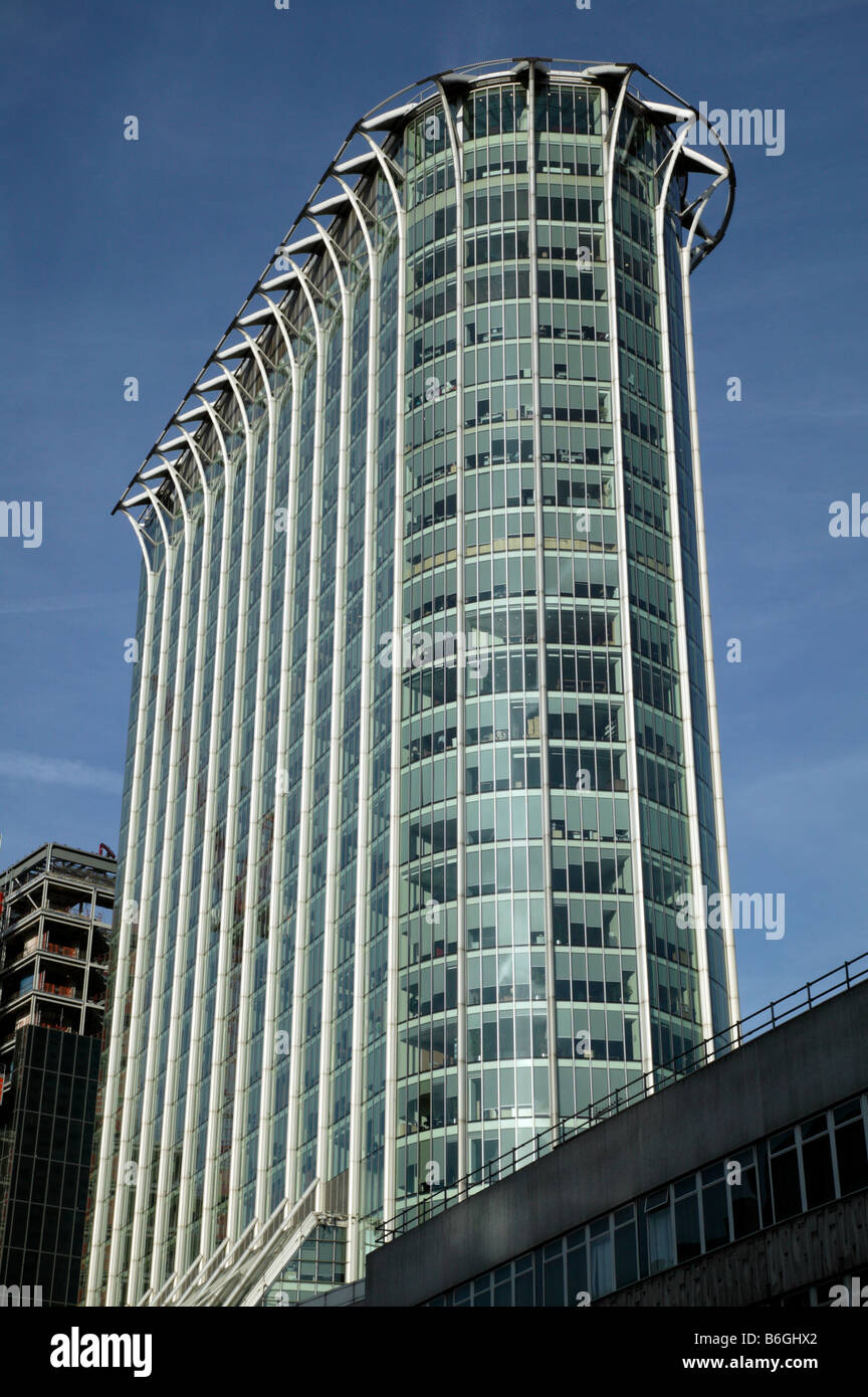 Shot of  Citypoint, an high-rise office building on Ropemaker Street, City of  London - Stock Image