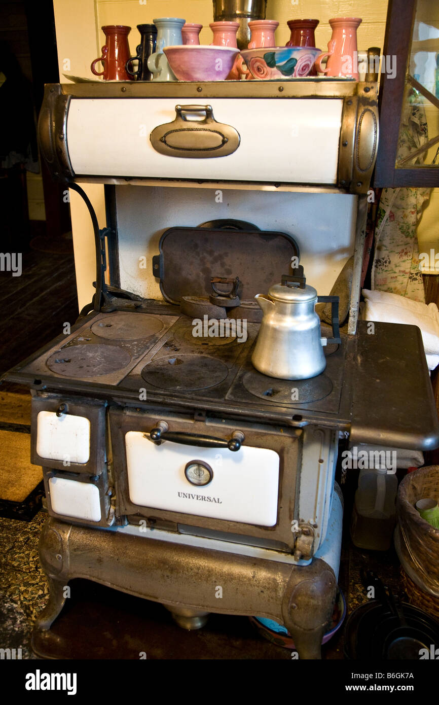 Old Universal range and stove with coffee pot - Stock Image