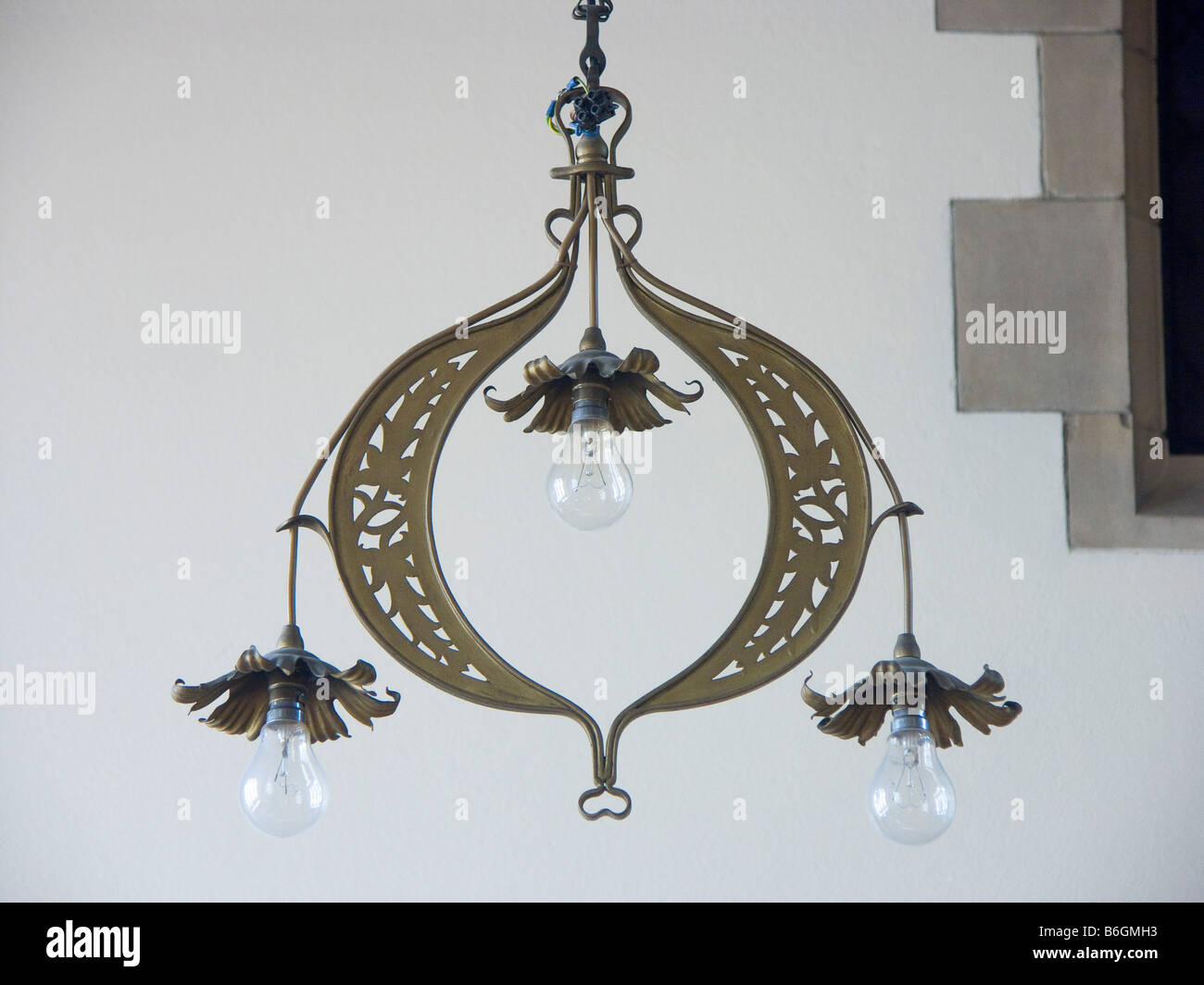 Holy Rood Church, Watford, UK. Electric light fittings designed by Bentley circa 1900 - Stock Image