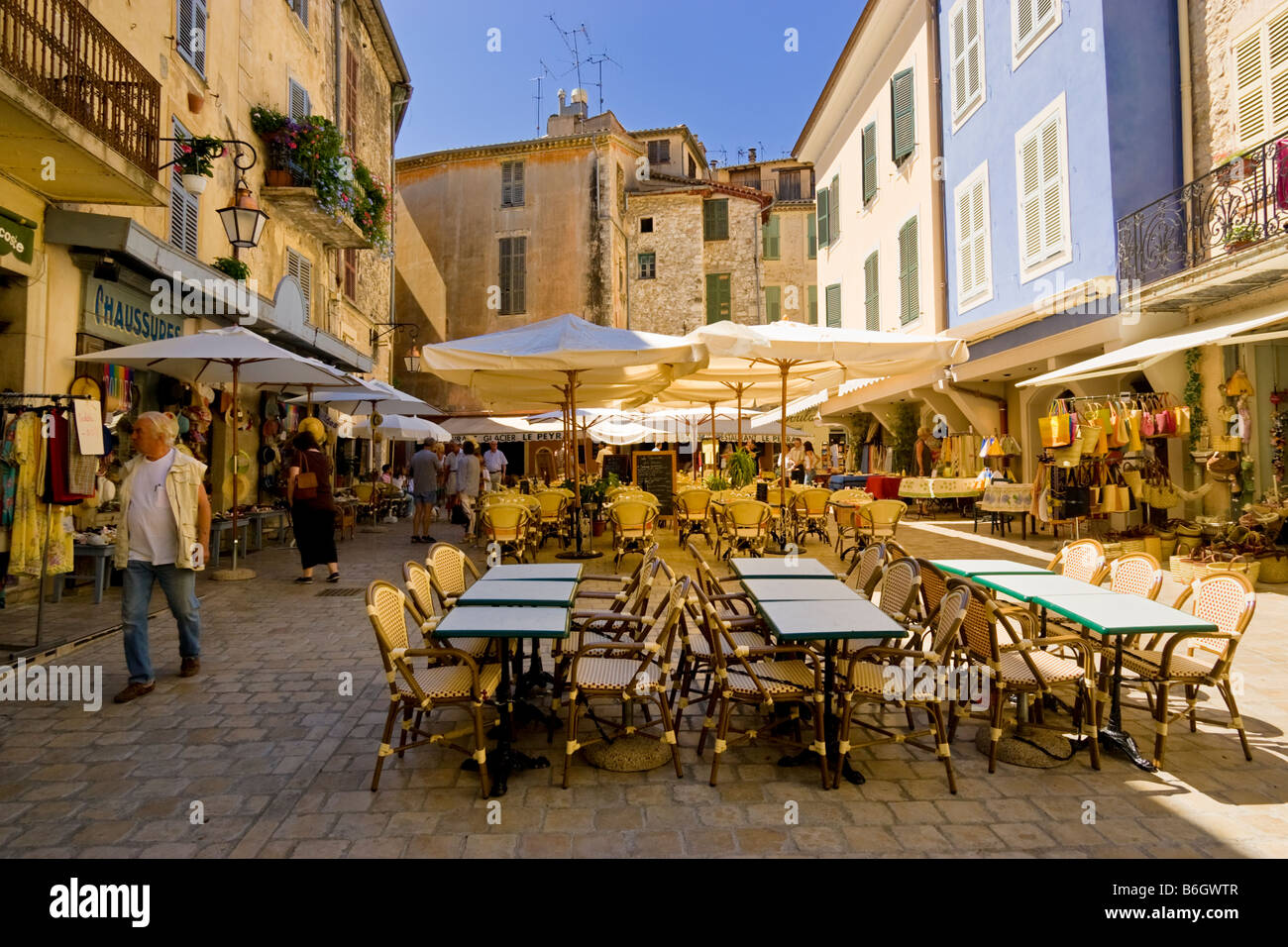 vence cote d 39 azur provence south of france old quarter market stock photo 21269831 alamy. Black Bedroom Furniture Sets. Home Design Ideas