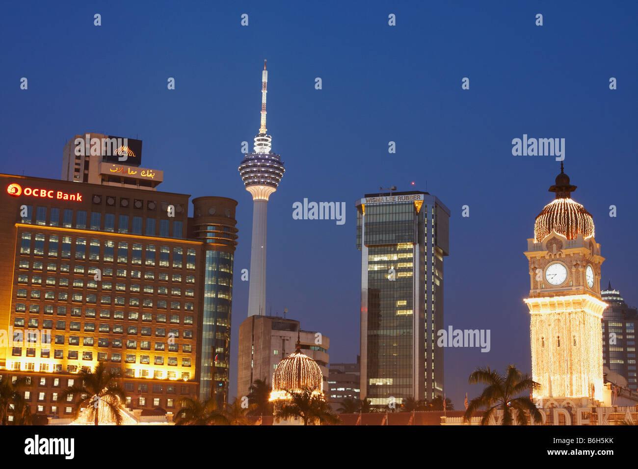 View Of KL Tower From Merdeka Square At Dusk, Kuala Lumpur - Stock Image
