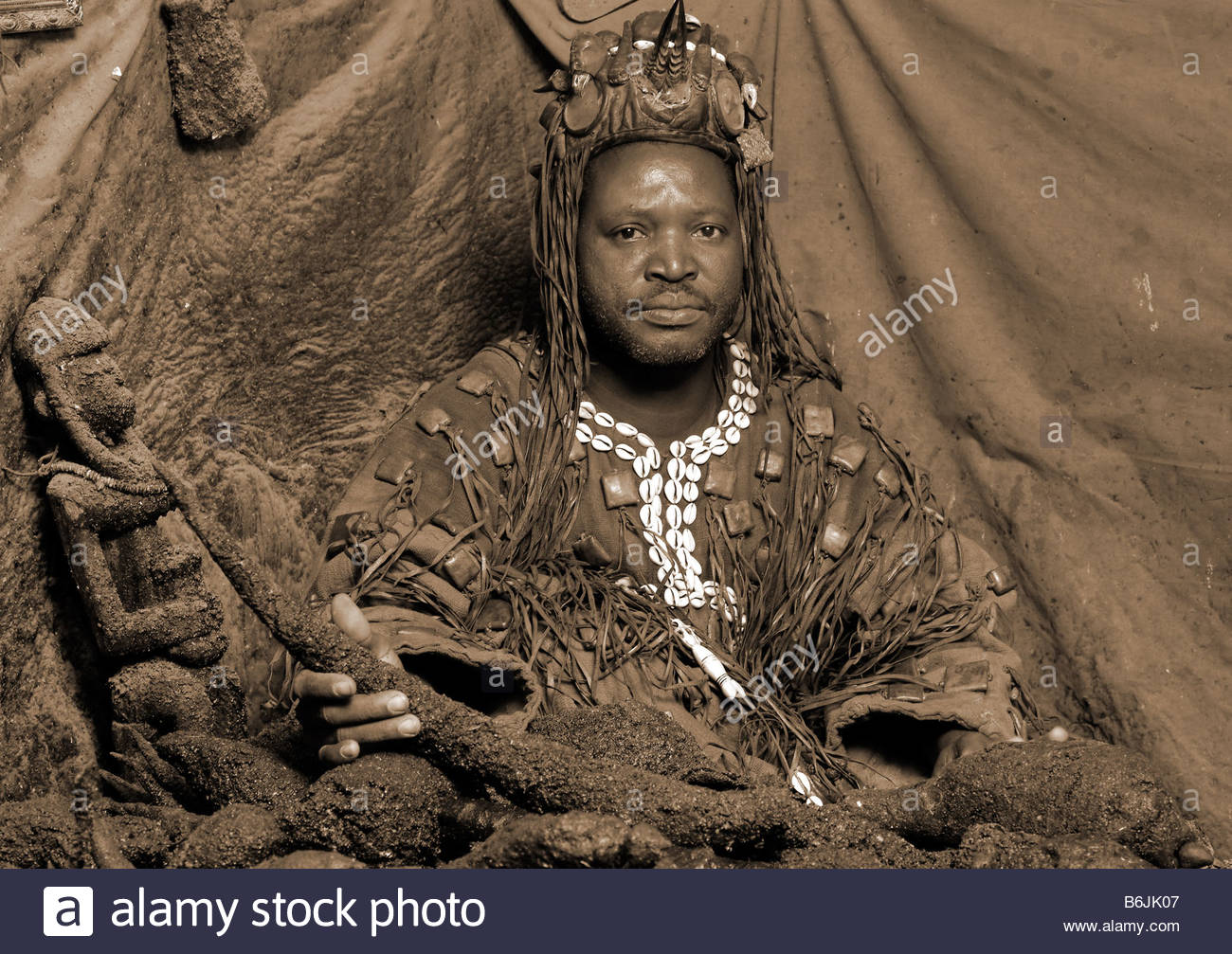 Voodoo Witch Doctor Stock Photos & Voodoo Witch Doctor Stock