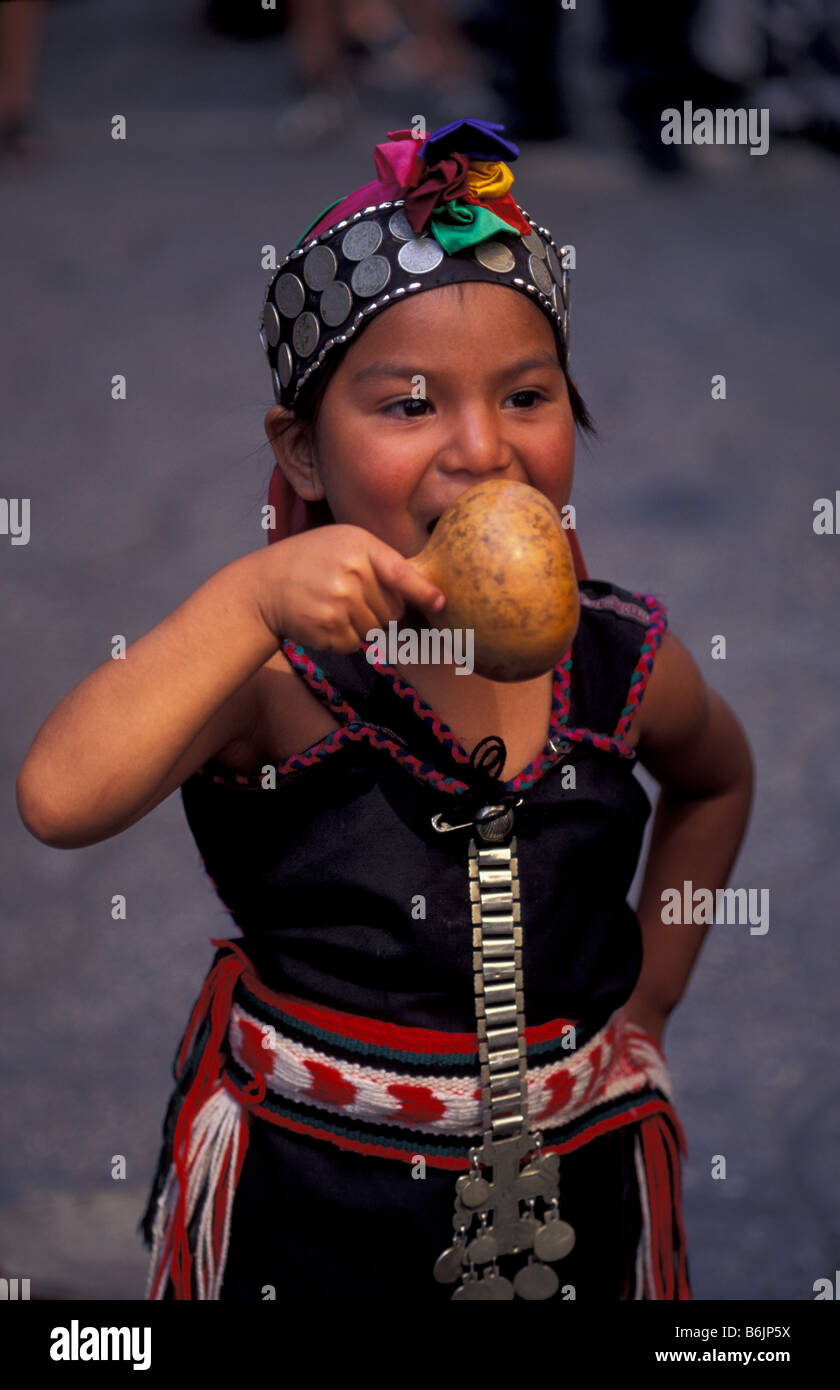 Chile. Mapuche Indian girl. - Stock Image
