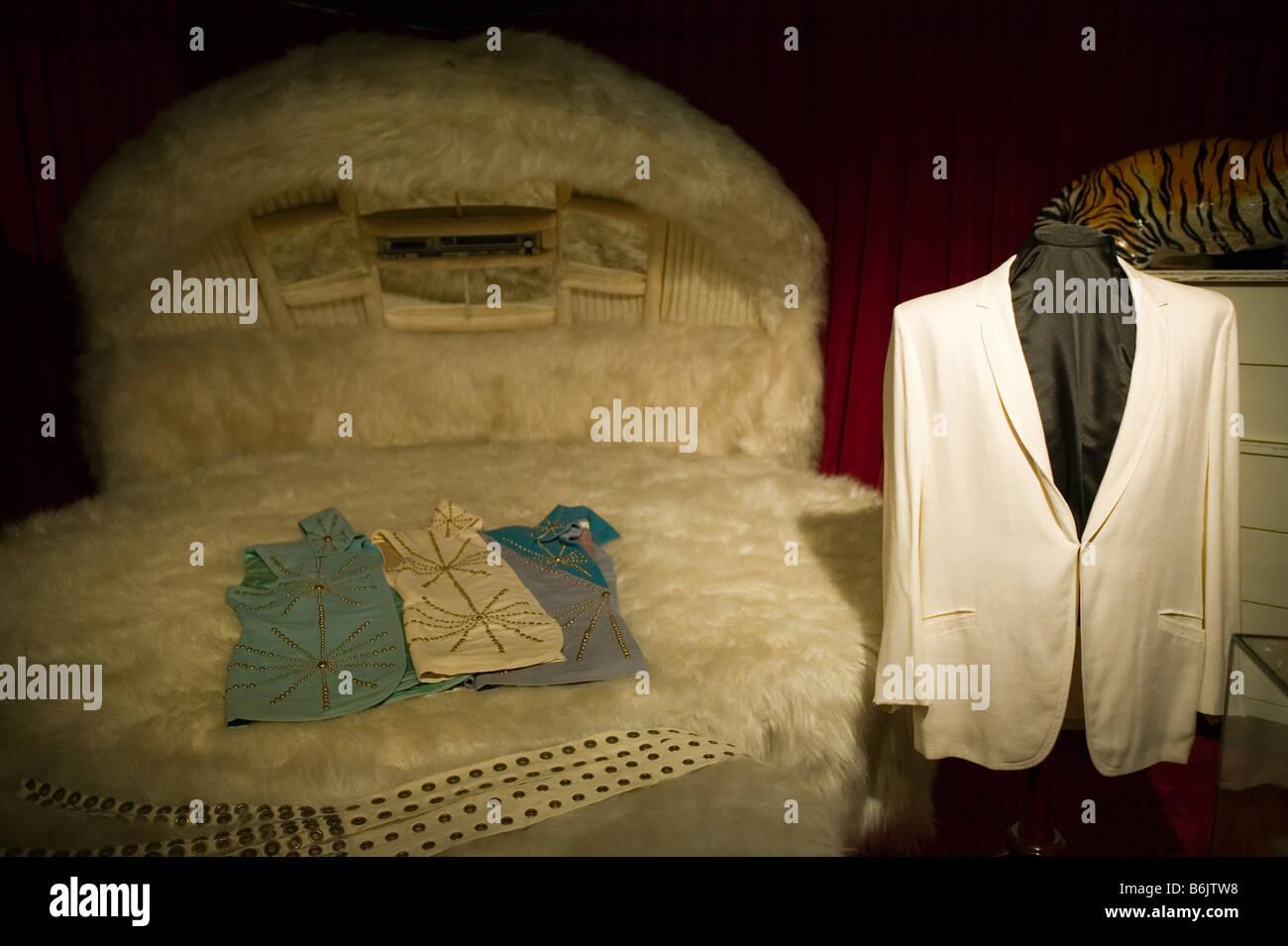Usa Tennessee Memphis Graceland Elvis Bedroom White Suit Jacket Stock Photo Alamy