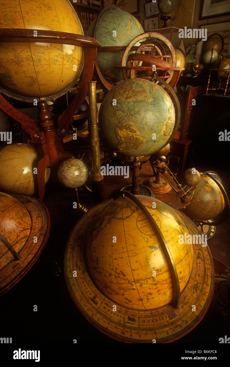 globes still life world cartography maps information more than one - Stock Image