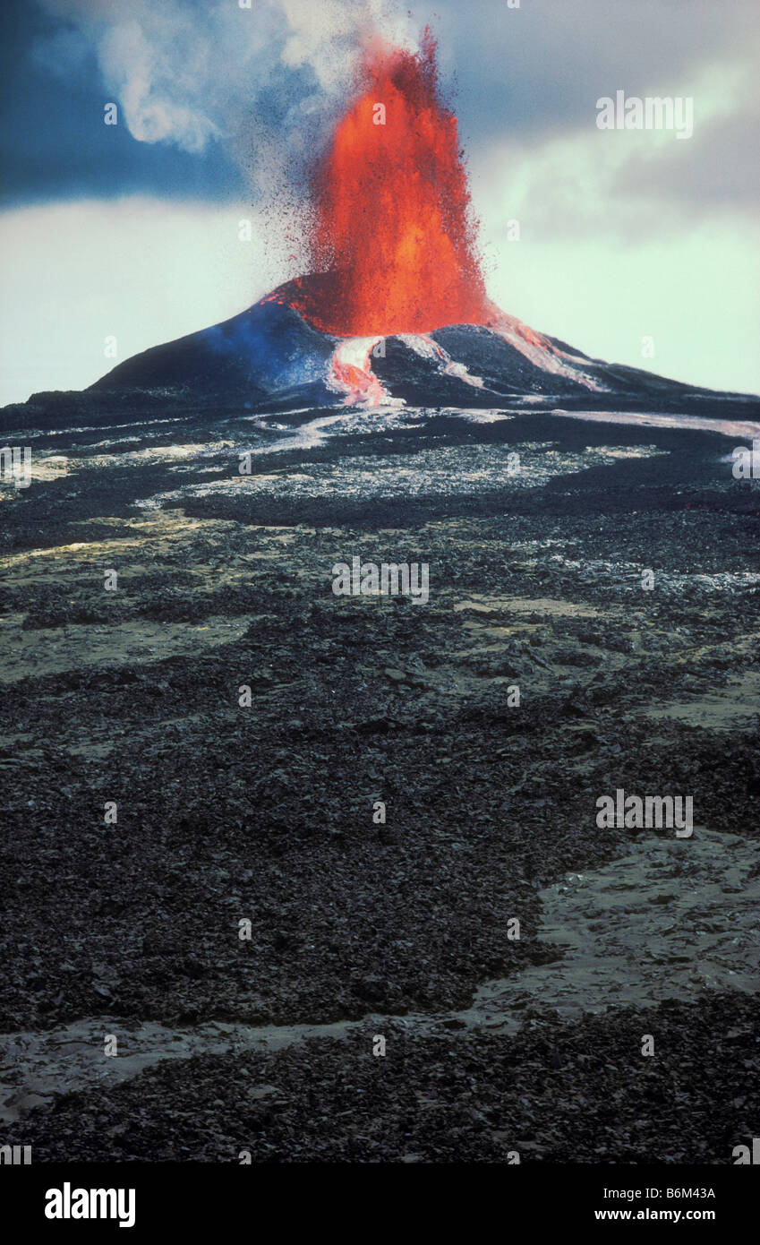 Pu u O o volcano eruption Hawaii Volcanoes National Park Island of Hawaii - Stock Image