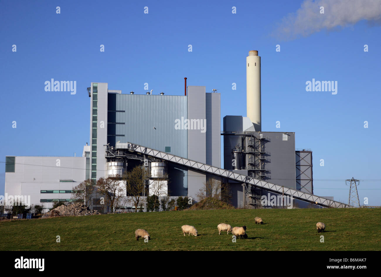 Peat powered Lough Ree Power Station Lanesborough County Roscommon Ireland - Stock Image