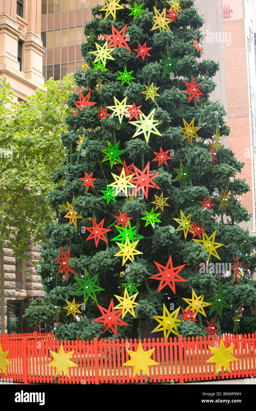 Giant Christmas Tree Stock Photos & Giant Christmas Tree Stock ...