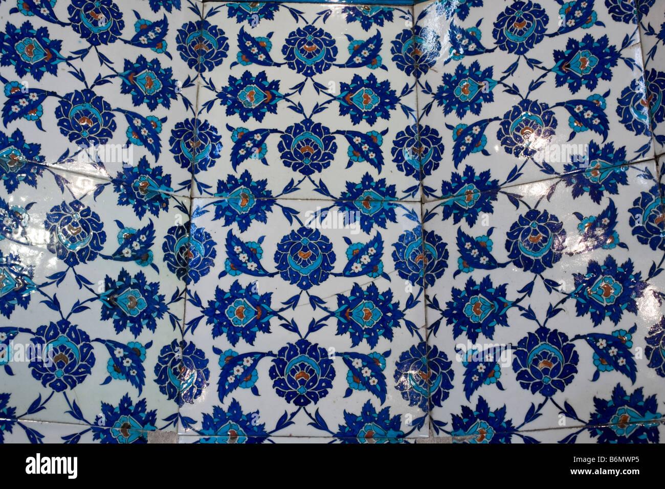 Iznik tiles in Haseki Hürrem Sultan Türbesi, Tomb of Khasseki Khurrem, wife of Sultan Suleyman, Istanbul, - Stock Image
