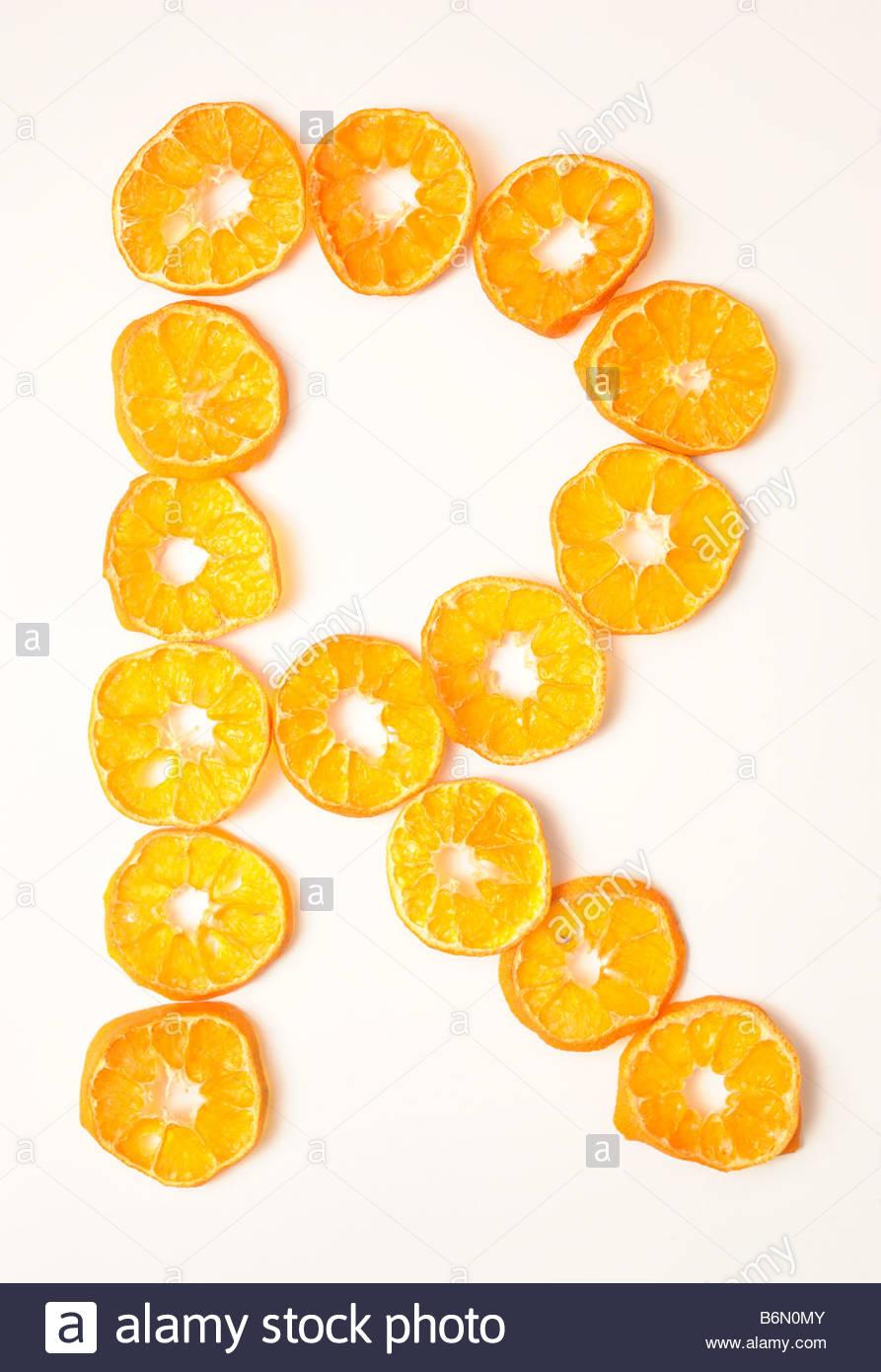 foodfont food font mandarin slices letter r white background cut