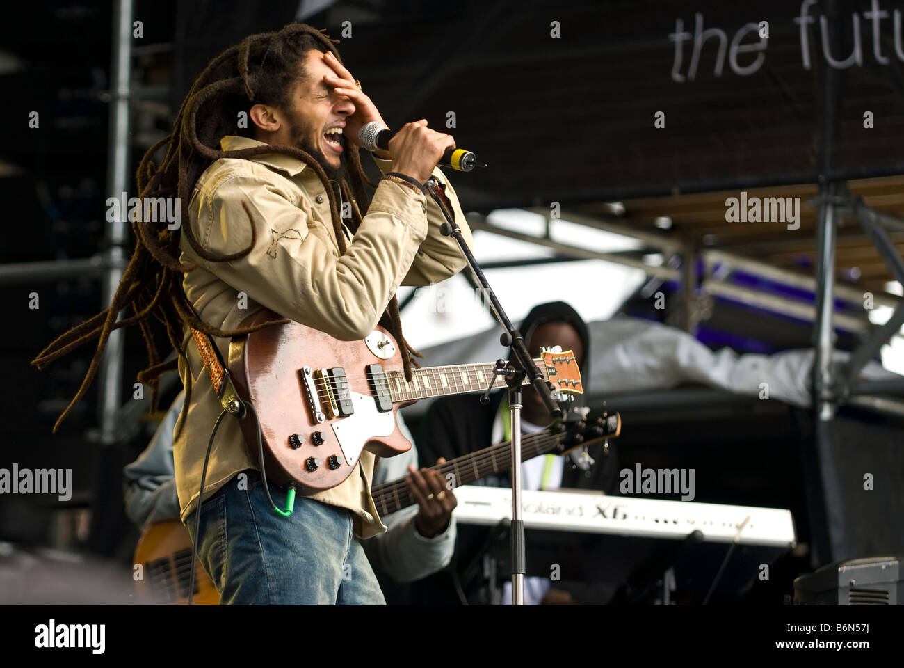 JULIAN MARLEY performing at the Telus World Ski and Snowboard Festival in Whistler, BC - Stock Image