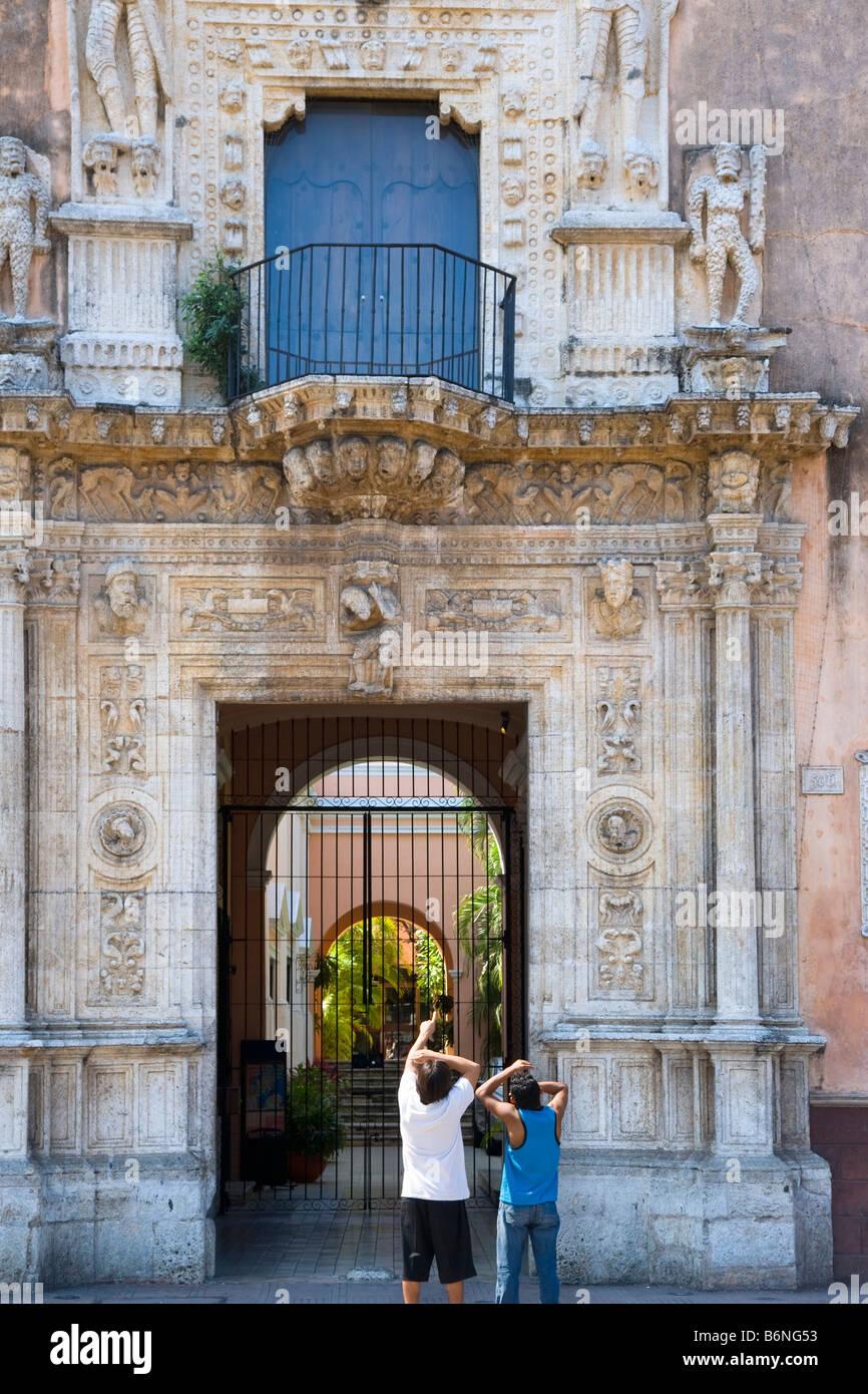 Casa de Montejo Plaza del Independencia Merida Yucatan Mexico Stock Photo
