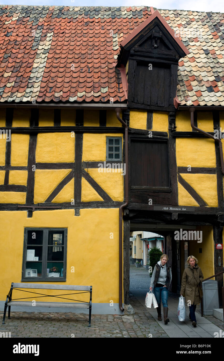 Old half timbered house in courtyard off historic Lilla Torg square in Malmo Gotland Sweden 2008 - Stock Image