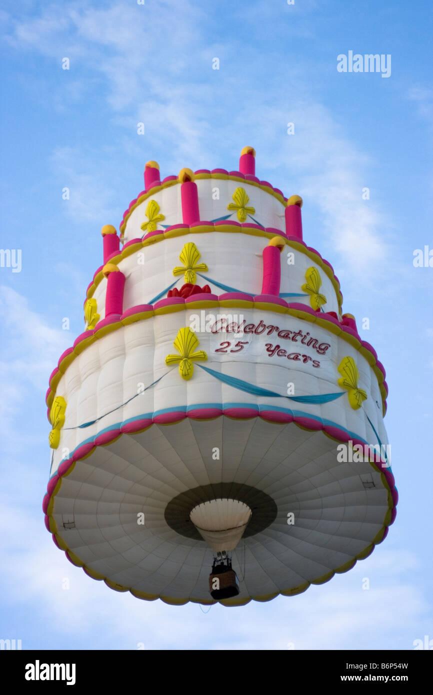 Peachy Hot Air Balloon Of Birthday Cake Barneveld 2008 Balloon Festival Funny Birthday Cards Online Necthendildamsfinfo