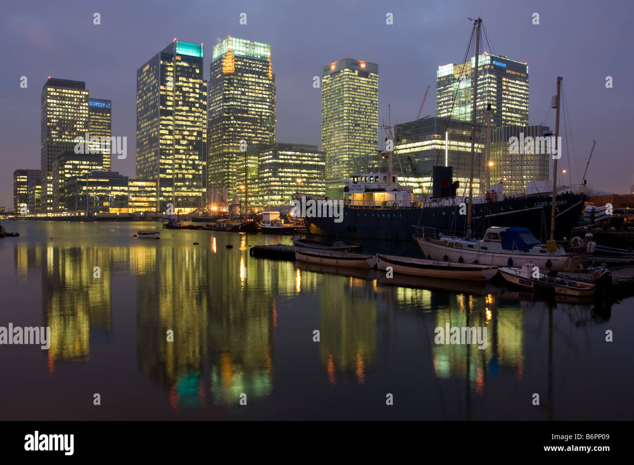Canary Wharf skyscrapers dusk London - Stock Image