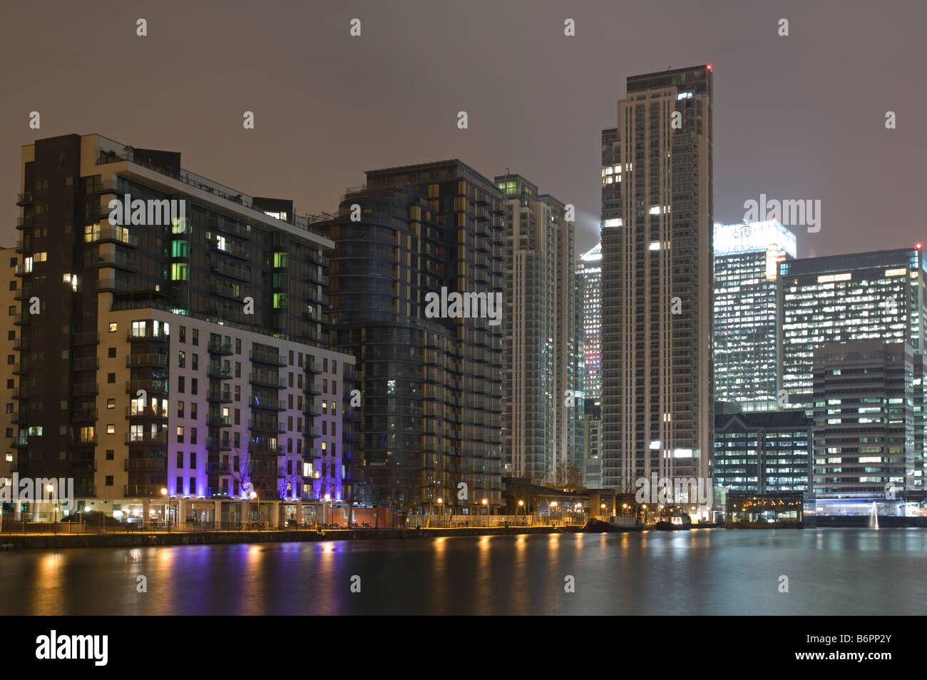 Millwall Dock Docklands Apartments London Stock Photo ...