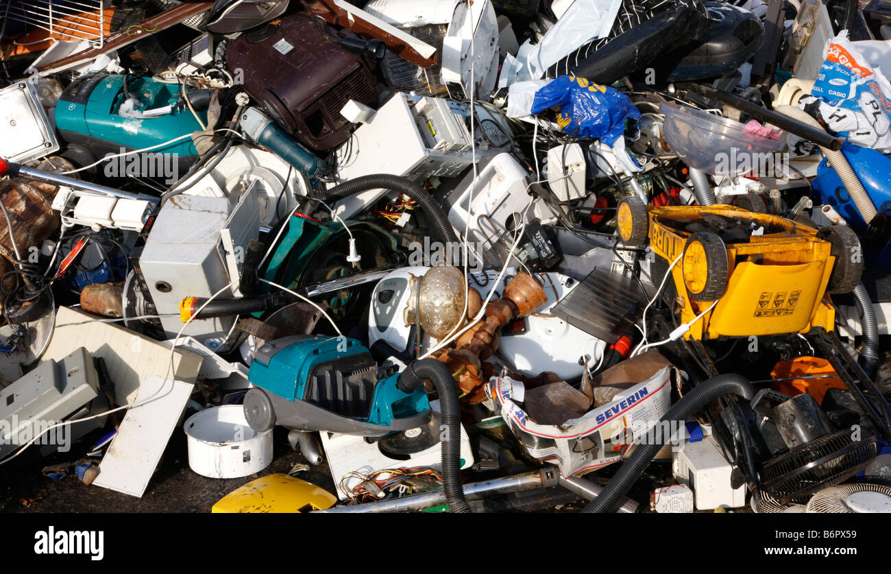 Electronic scrap, old used household appliances parts for recycling - Stock Image