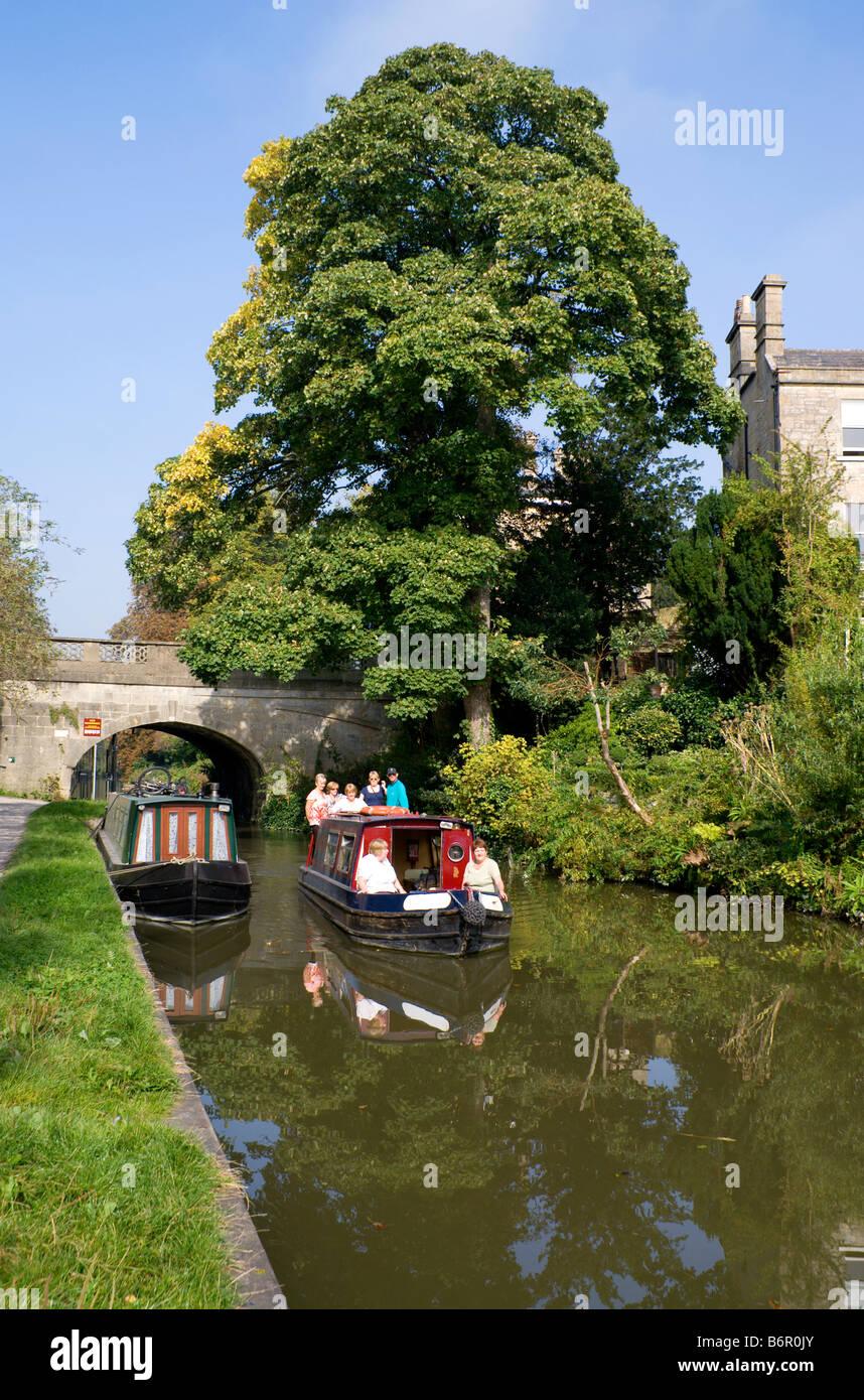 narrow boats on kennet avon canal widcombe bath somerset - Stock Image