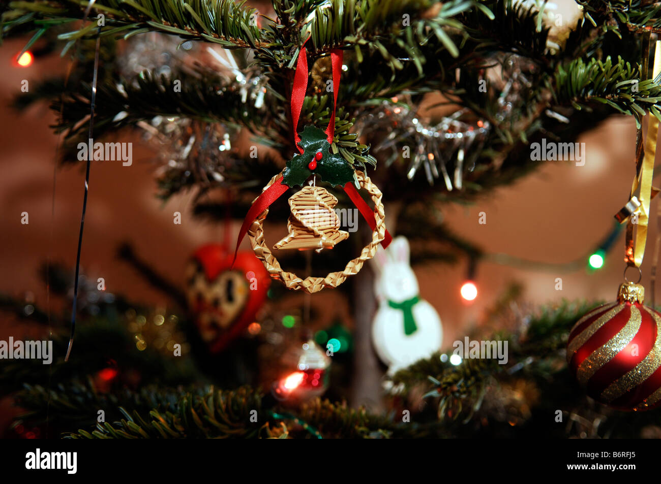 Old Fashioned Christmas Tree Decoration Stock Photos & Old Fashioned ...