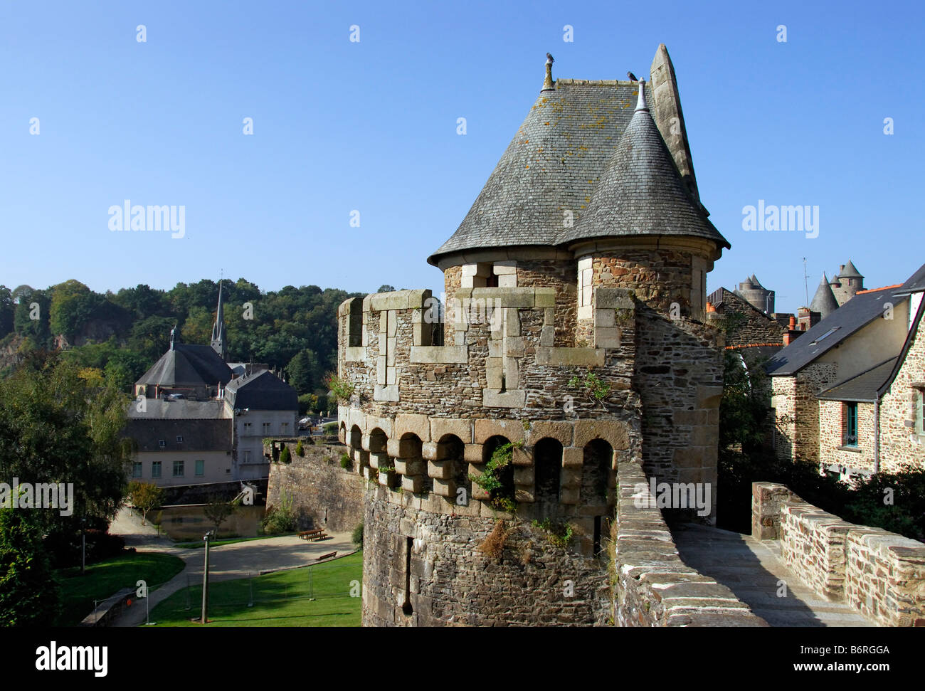fortified walls surrounding Fougères Chateau, Brittany, France - Stock Image