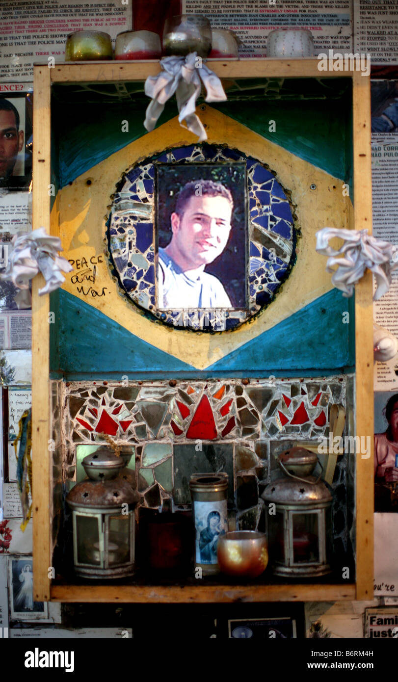 Memorial to Jean Charles de Menezes outside Stockwell tube station, London - Stock Image