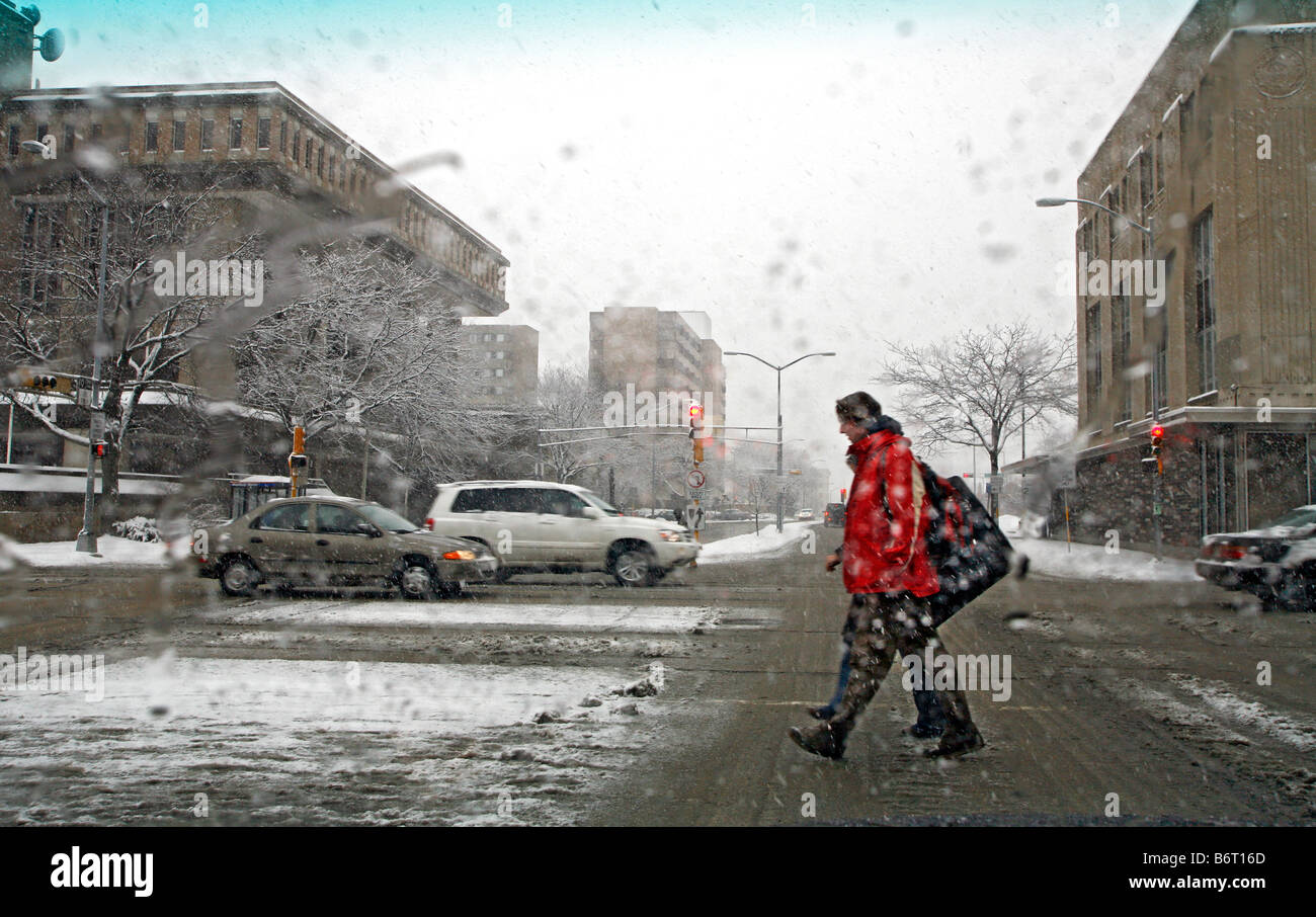 A snowstorm slows things down in Madison Wisconsin - Stock Image