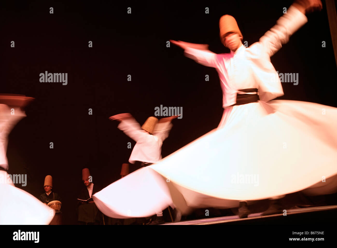 The whirling dervishes in Istanbul, Turkey - Stock Image