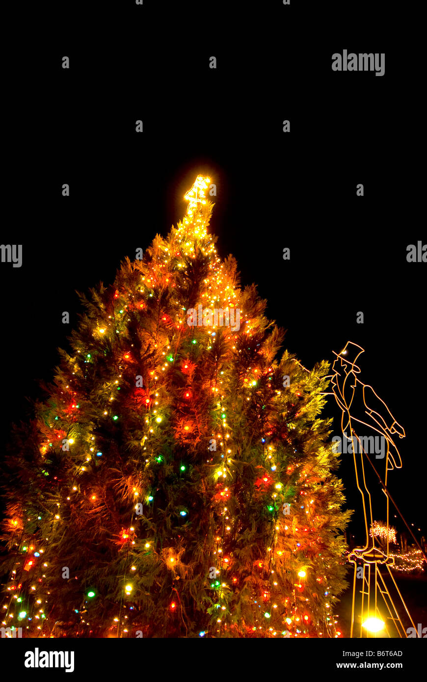 Christmas Tree Lights Stock Photos & Christmas Tree Lights Stock ...
